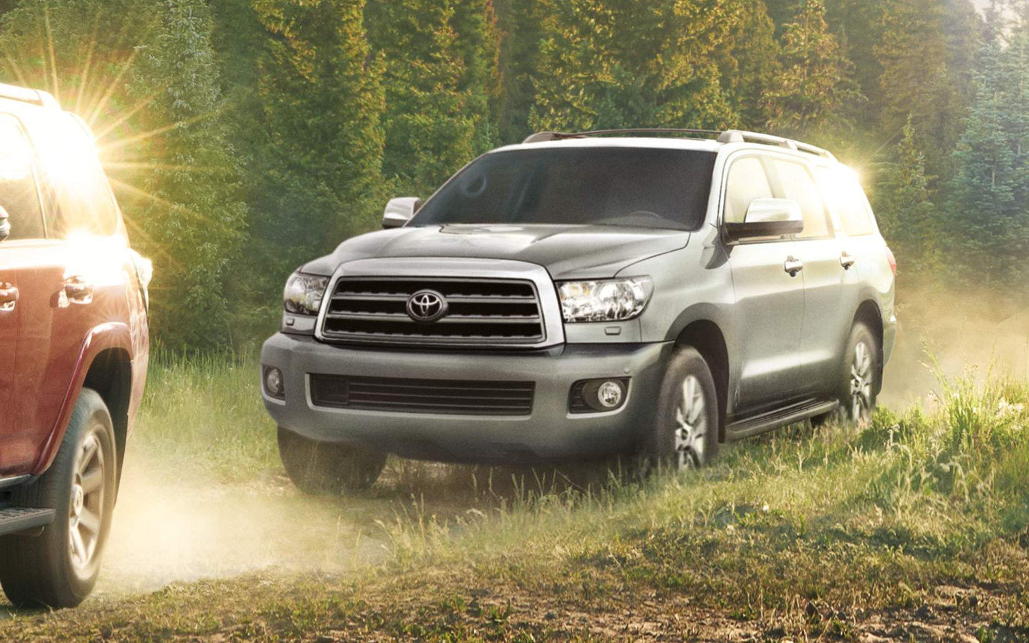 comparison toyota sequoia platinum 2017 vs lexus rx 350 2017 suv drive. Black Bedroom Furniture Sets. Home Design Ideas