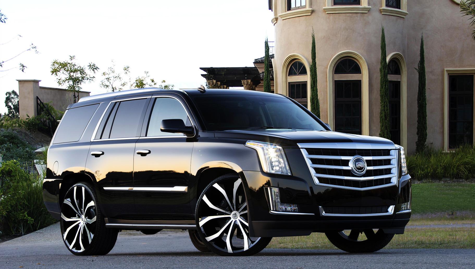 Comparison  Cadillac Escalade ESV Luxury 2015  vs  Cadillac