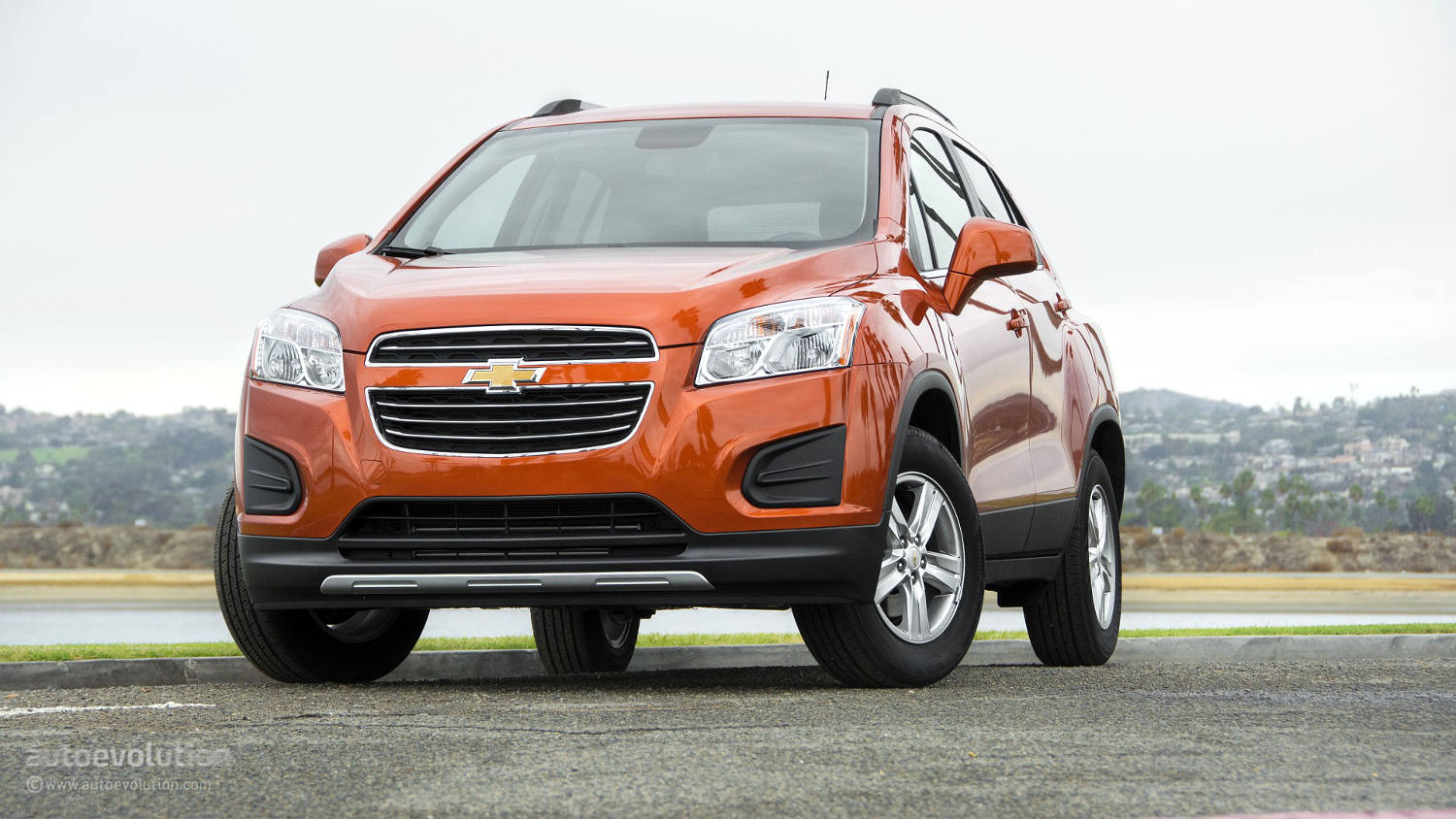 comparison chevrolet trax suv 2015 vs chevrolet. Black Bedroom Furniture Sets. Home Design Ideas