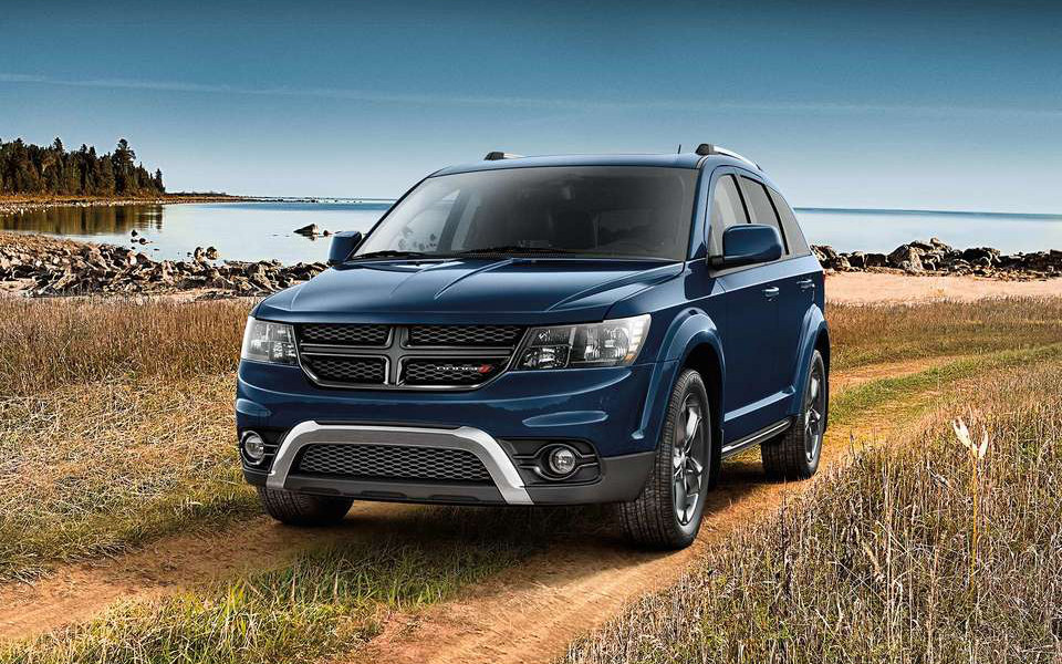 Ford Explorer 2017 Sport Price >> Comparison - Dodge Journey SE 2018 - vs - Ford Explorer Platinum 2018 | SUV Drive