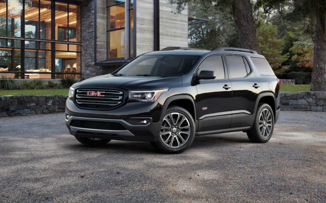 Comparison Gmc Acadia Sle 2 2018 Vs Toyota Highlander Le 2017