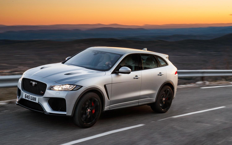 comparison - jaguar f-pace svr 2020 - vs
