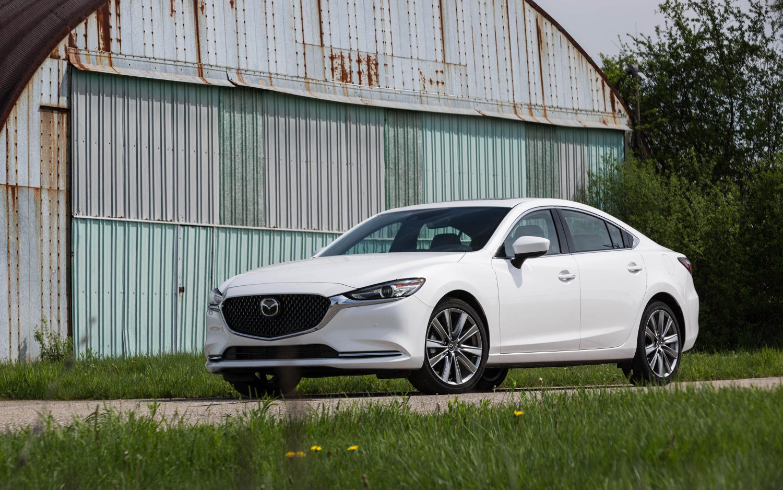 Comparison - Mazda 6 Touring 2018 - vs - Hyundai Elantra ...