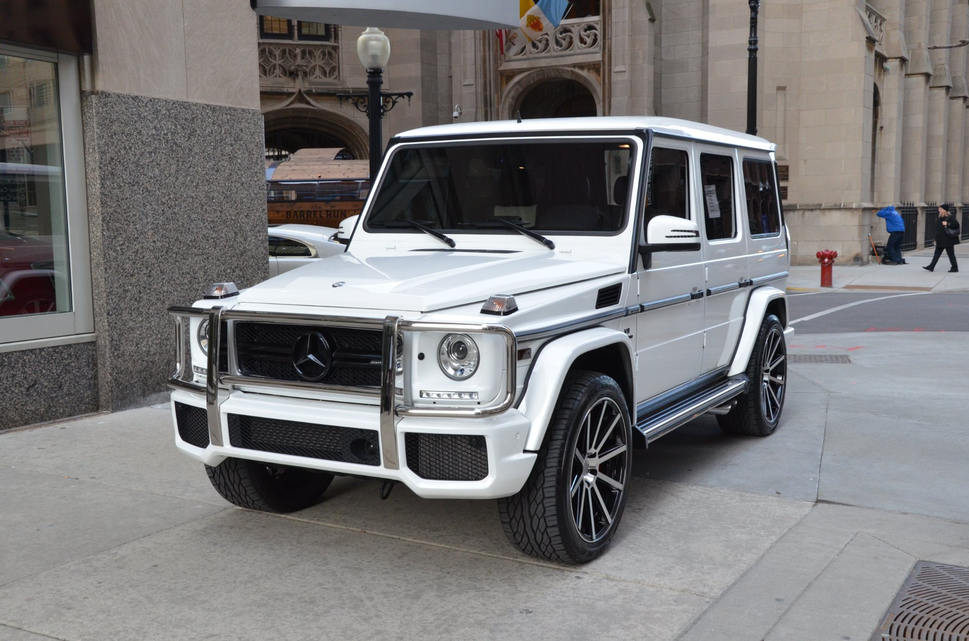 mercedes g wagon white the wagon. Black Bedroom Furniture Sets. Home Design Ideas