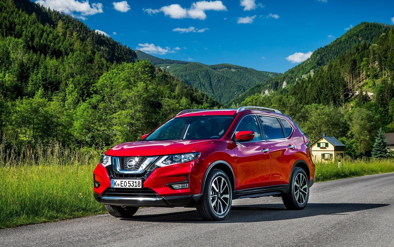 Nissan Rogue 7 Seater >> Comparison - Nissan X-Trail Ti 2018 - vs - Toyota RAV4 XLE 2018 | SUV Drive