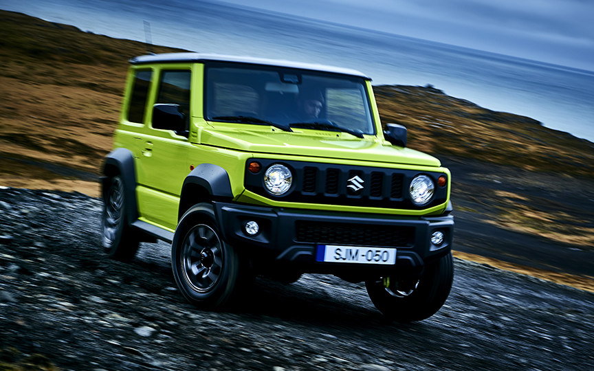 comparison suzuki jimny hybrid 2018 vs suzuki jimny. Black Bedroom Furniture Sets. Home Design Ideas