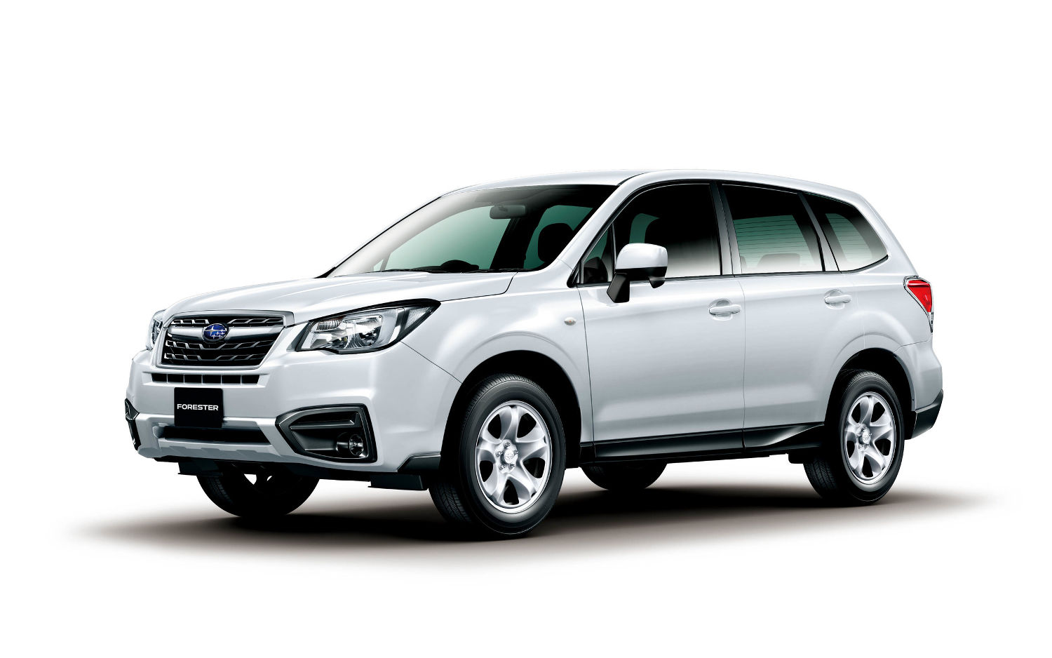 Comparison - Subaru Forester Premium 2017 - vs - Toyota ...