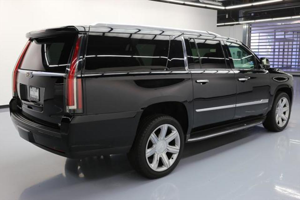 Comparison - Cadillac Escalade ESV Luxury 2015 - vs ...