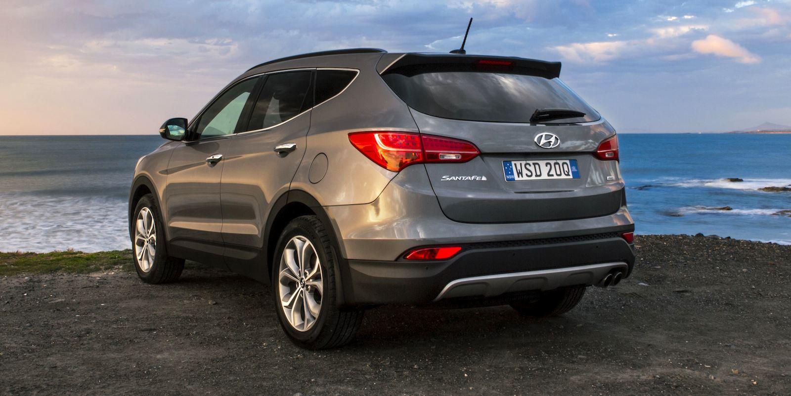 Comparison Hyundai Santa Fe Sport 2015 Vs Toyota