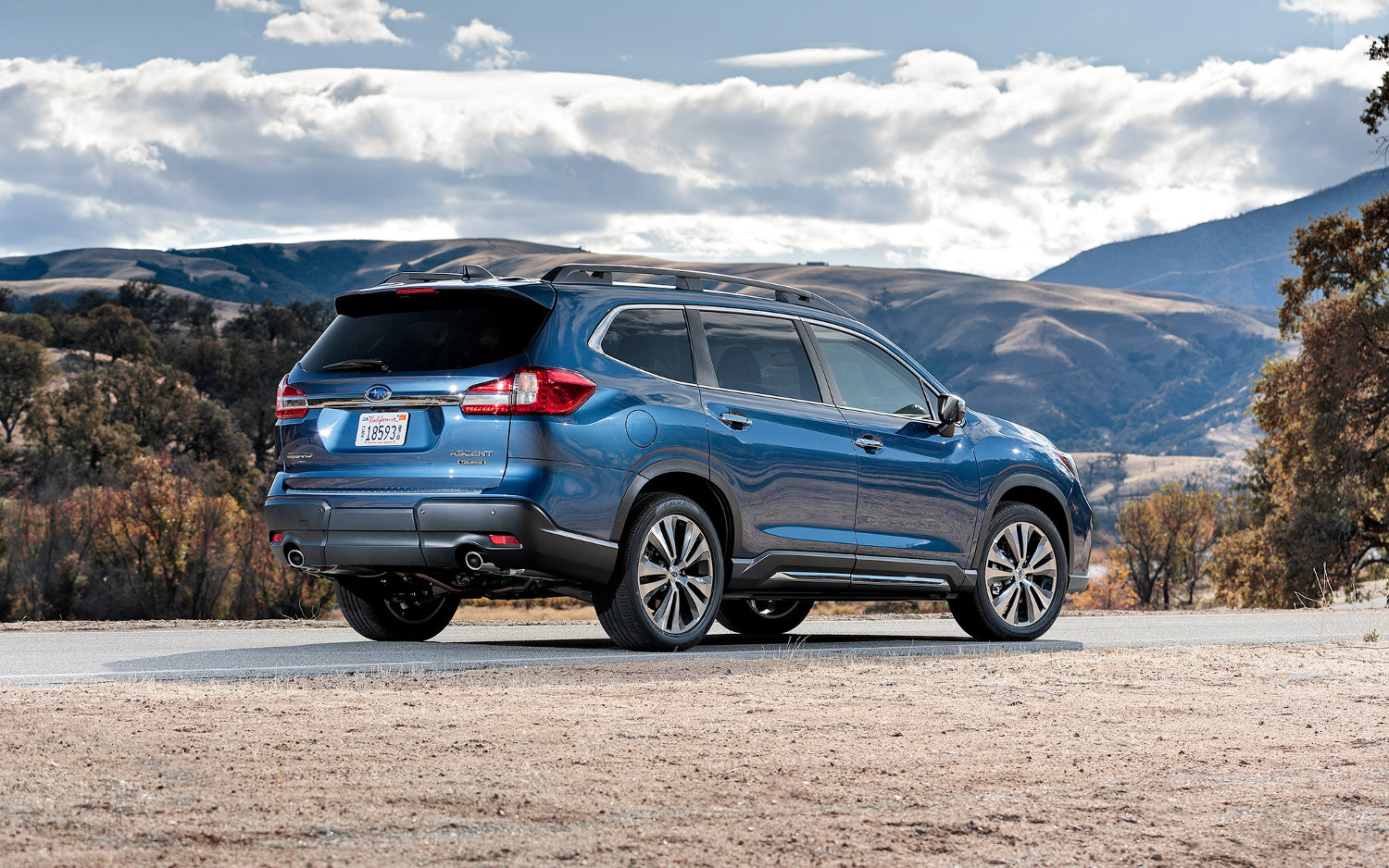 Comparison Subaru Ascent Premium 2019 Vs Toyota