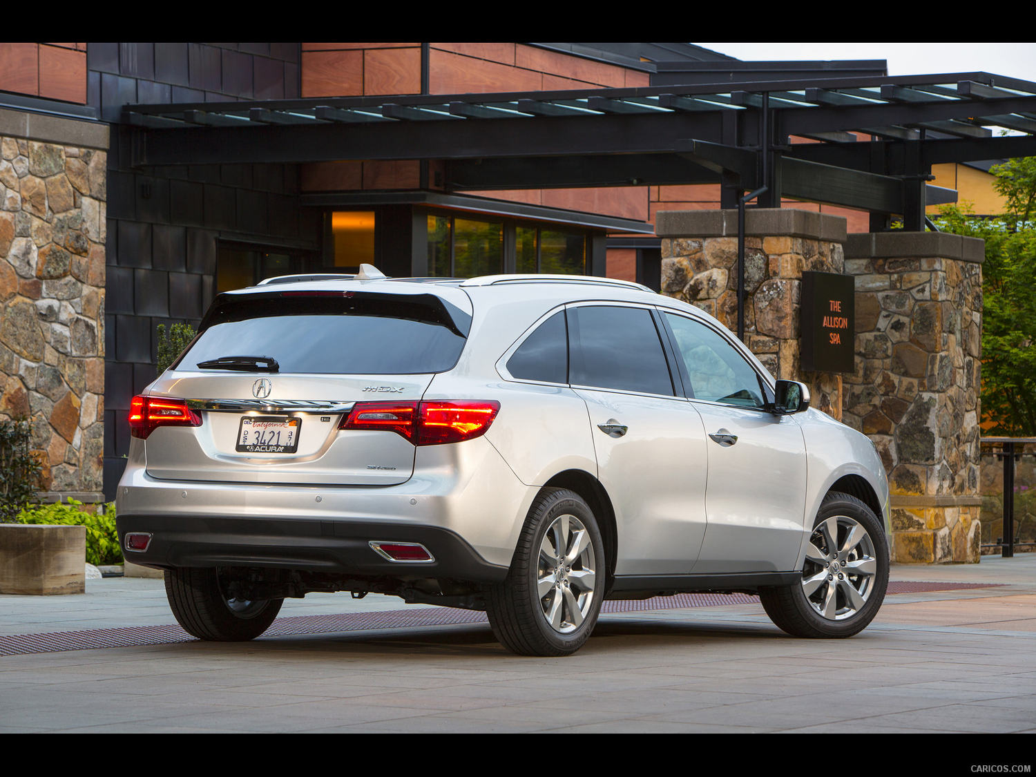 Comparison - Acura Mdx Base 2015 - Vs