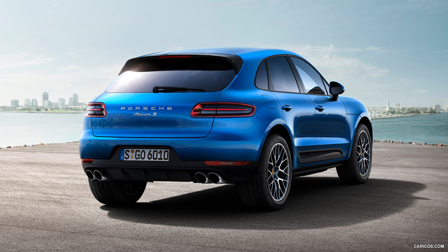 comparison porsche macan turbo 2015 vs suzuki grand. Black Bedroom Furniture Sets. Home Design Ideas