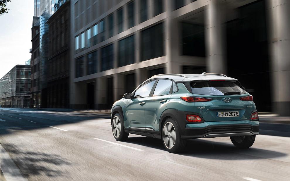 Comparison Hyundai Kona Electric 2019 Vs Chevrolet Orlando Ltz