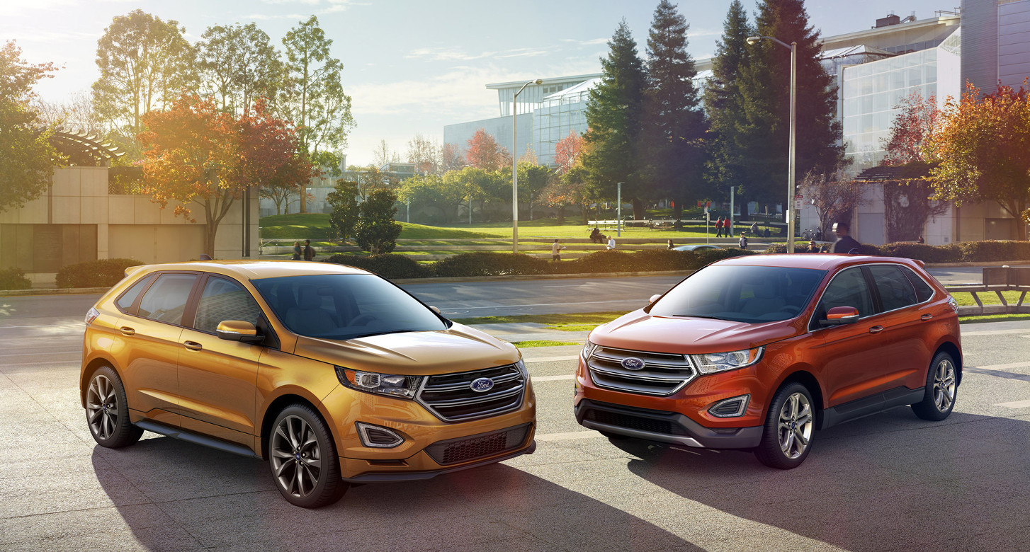 Comparison ford edge sport 2016 vs jaguar f pace r for Ford edge vs honda crv