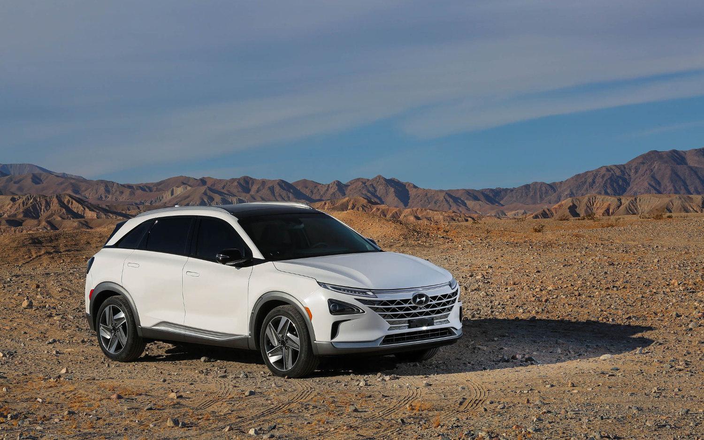 Comparison Hyundai Kona Ultimate Electric 2019 Vs