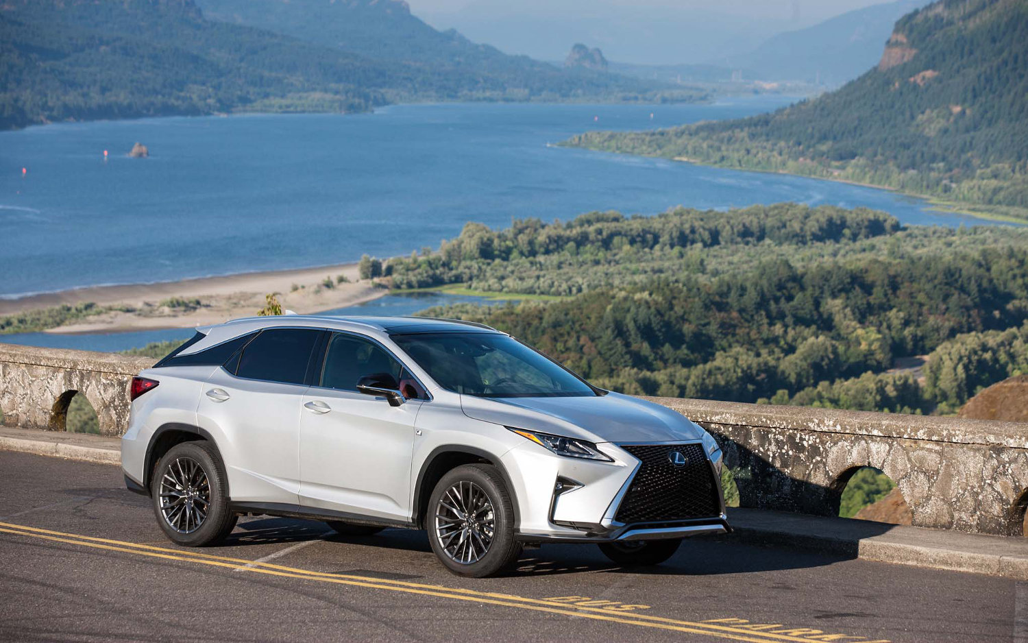 comparison lexus rx 350 2017 vs toyota chr 2018 suv drive. Black Bedroom Furniture Sets. Home Design Ideas