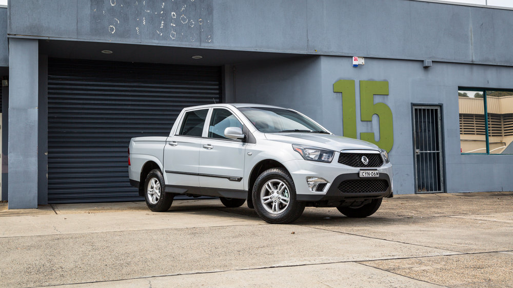 Ssangyong Actyon Sport 2015 Suv Drive