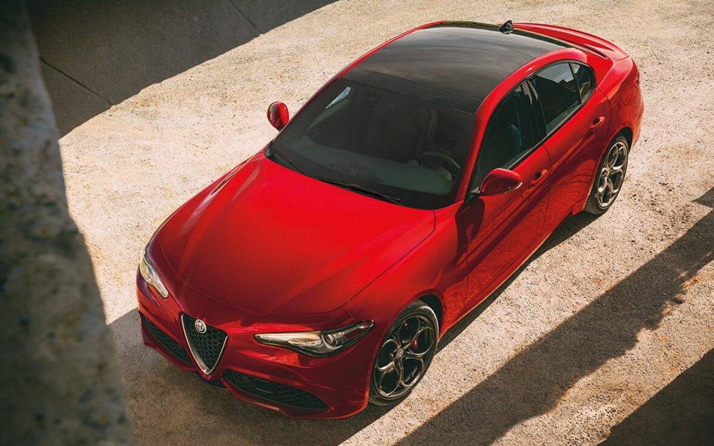2018 Alfa Romeo Stelvio Price >> Comparison - Alfa Romeo Giulia Sport 2018 - vs - Ford ...