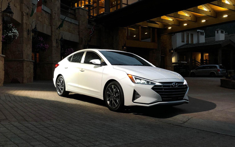 Comparison Hyundai Elantra Sport 2019 Vs Chevrolet
