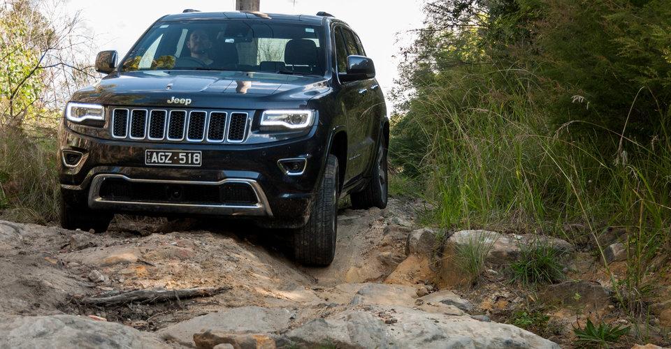 Comparison Jeep Grand Cherokee 2016 Vs Chevrolet Trailblazer 2017