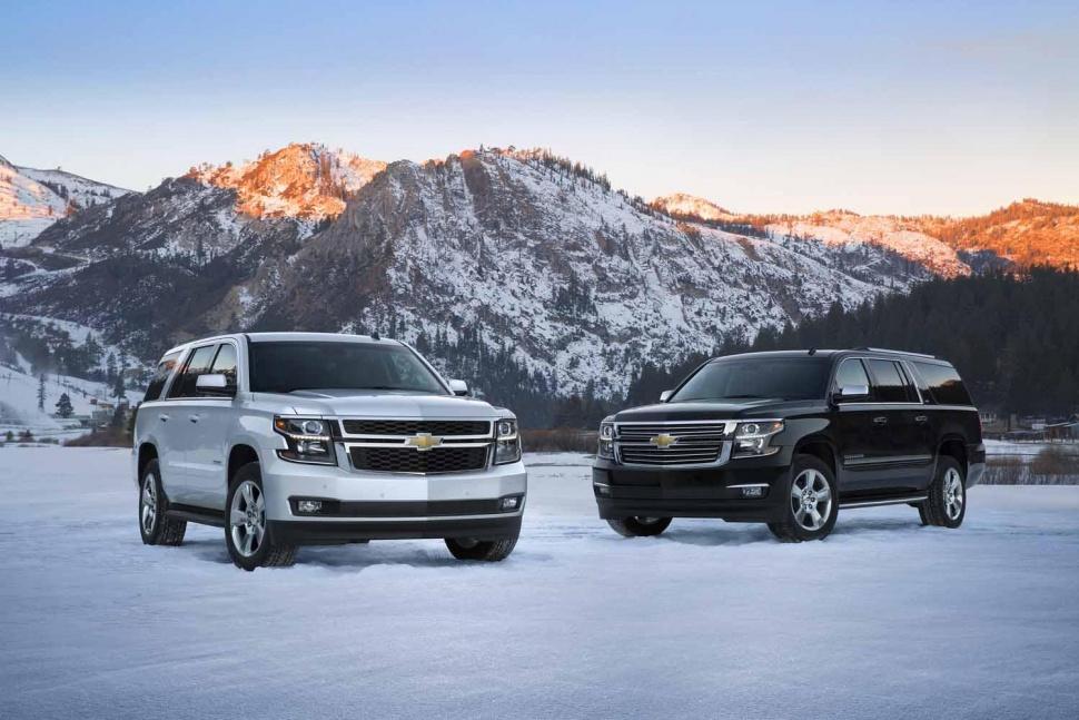 Comparison Chevrolet Captiva 2015 Vs Chevrolet Suburban Suv