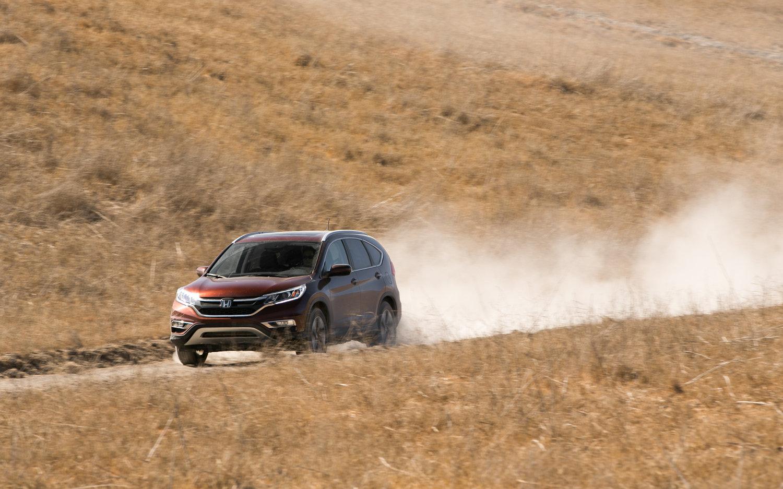 Suzuki Potohar 2017 >> Comparison - Honda CR-V 2015 - vs - Suzuki Jimny Sierra 2012 | SUV Drive