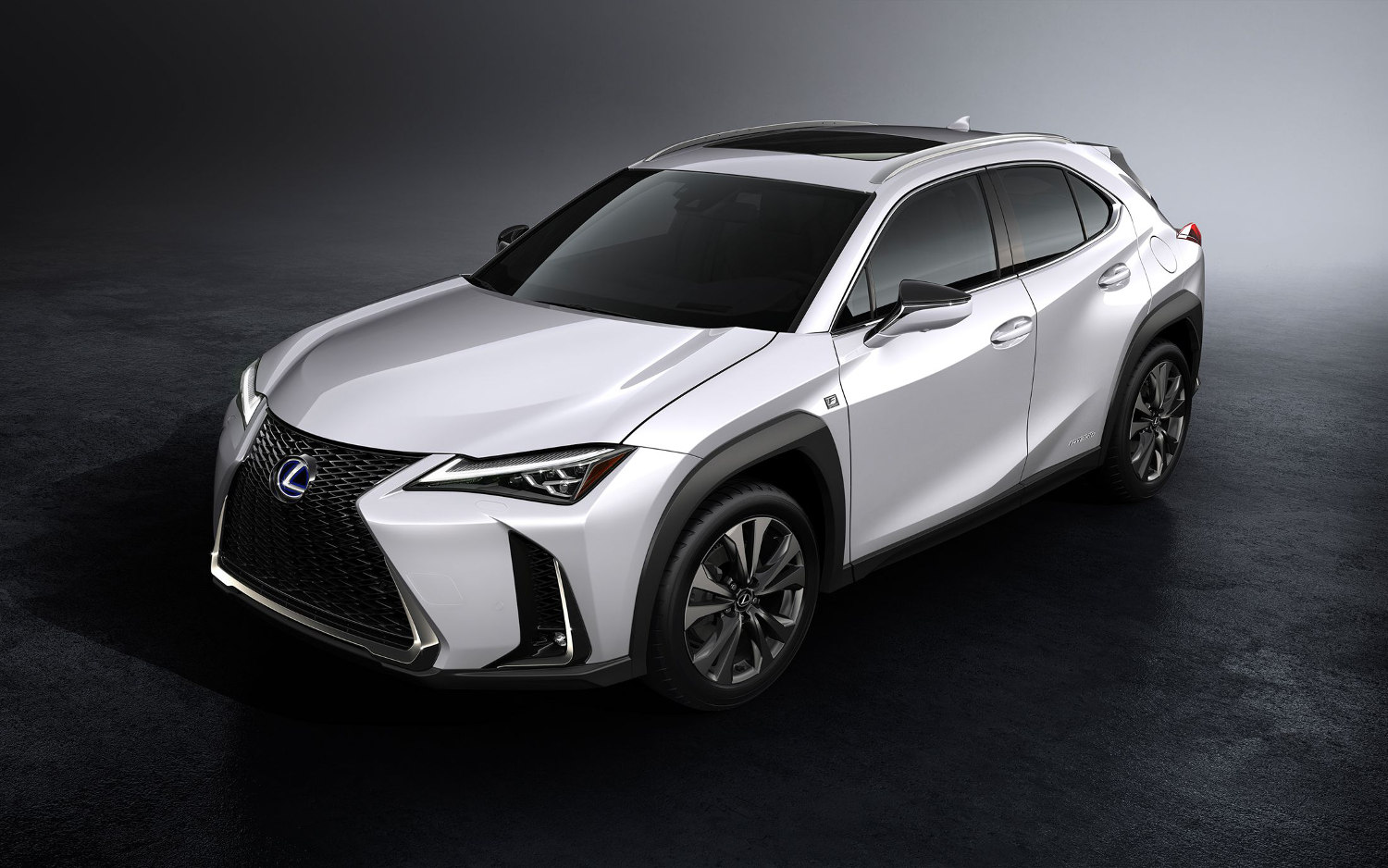 comparison lexus ux f sport 2018 vs lexus nx 300 f sport 2018 suv drive. Black Bedroom Furniture Sets. Home Design Ideas