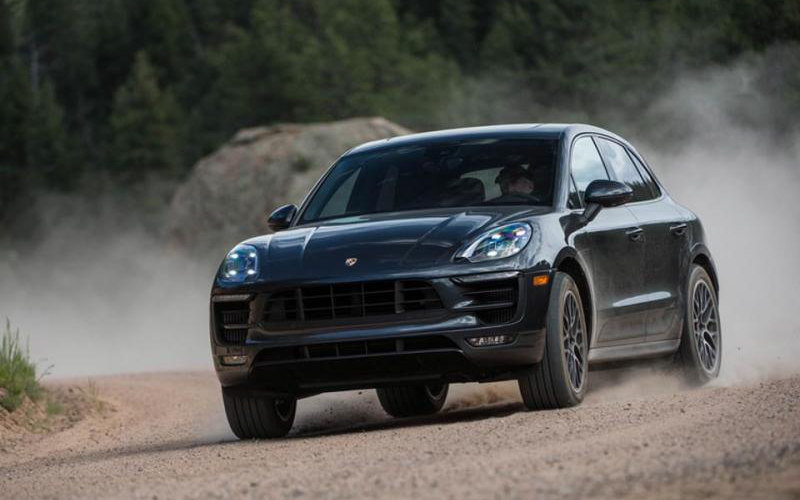 Comparison Porsche Macan Turbo 2018 Vs Peugeot 5008