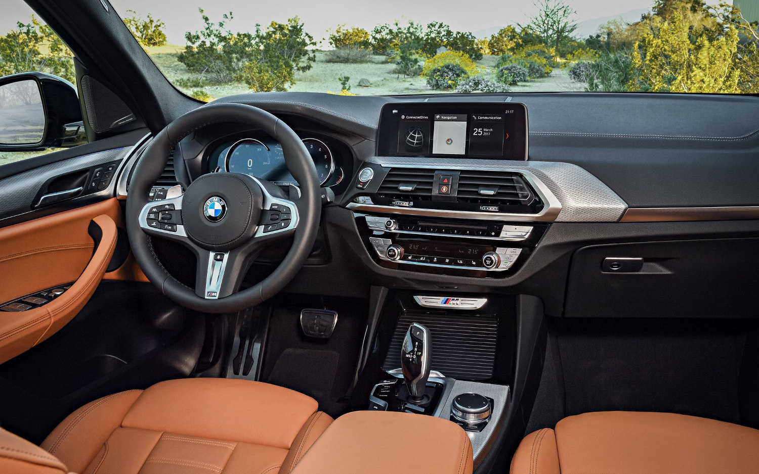 Comparison bmw x3 m40i 2018 vs bmw x4 m40i 2019 for Bmw x4 interior