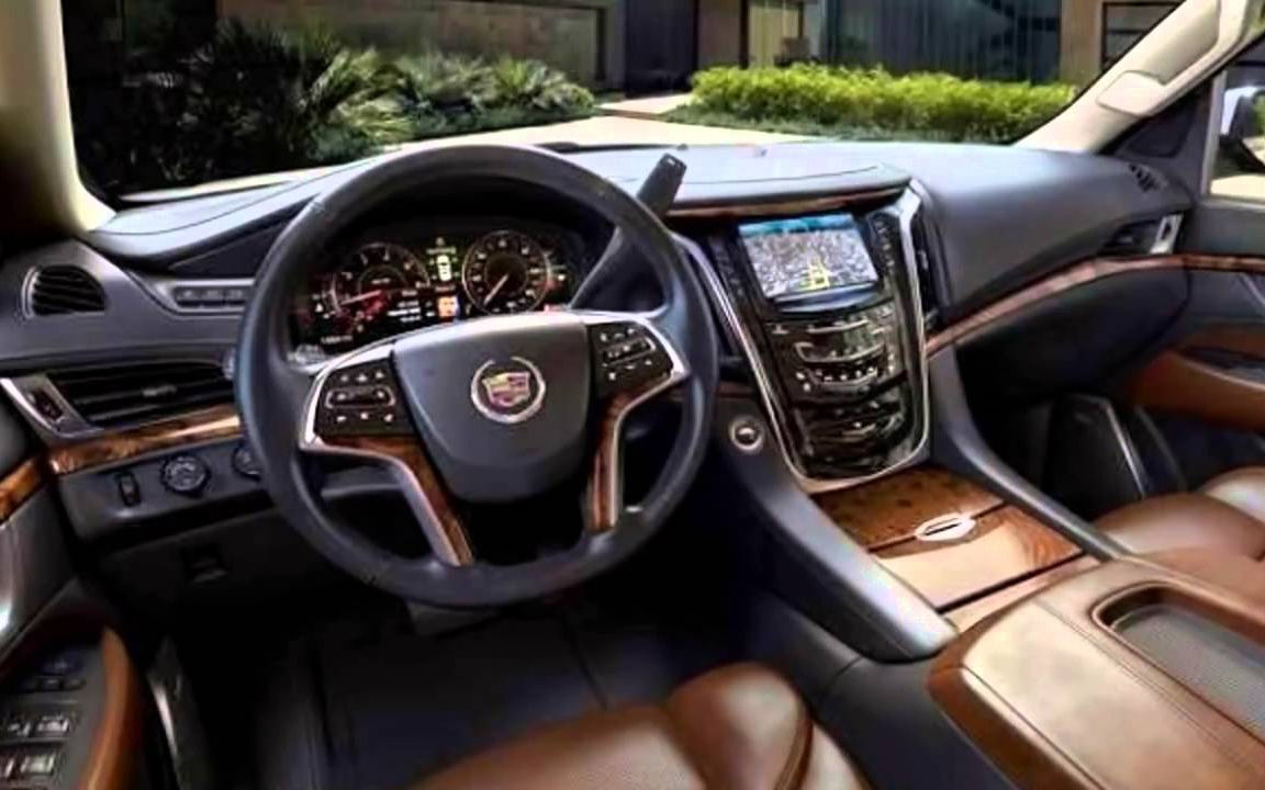 Comparison Cadillac Escalade Esv Luxury 2017 Vs