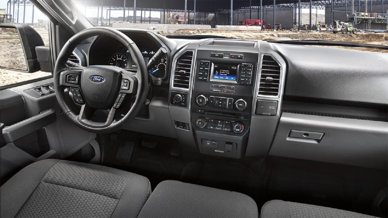 Comparison Ford F 150 Supercrew Lariat 2015 Vs Ford