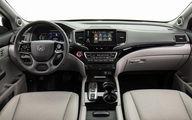 Honda Pilot Exl Vs Touring >> Comparison Honda Pilot Ex L 2019 Vs Mazda Cx 9 Grand Touring