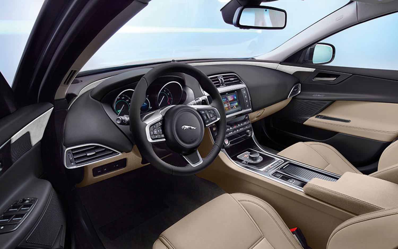 Lexus 350 Suv >> Comparison - Lexus ES 350 F Sport 2019 - vs - Jaguar XE 25t Prestige 2018   SUV Drive