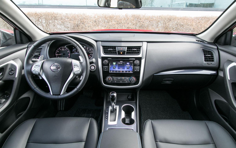 Comparison Mazda 3 Grand Touring 2018 Vs Nissan Altima 3 5 Sl