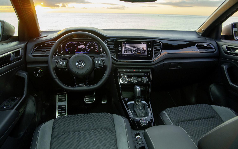 Comparison Volkswagen T Roc R 2019 Vs Vauxhall Grandland X Elite 2019 Suv Drive