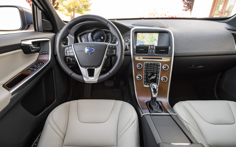 Comparison Jaguar F Pace Premium 2017 Vs Volvo Xc60