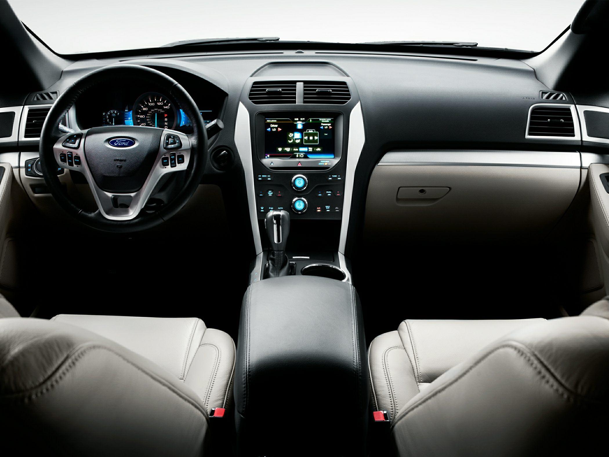 Comparison - Subaru Ascent premium 2018 - vs - Ford ...