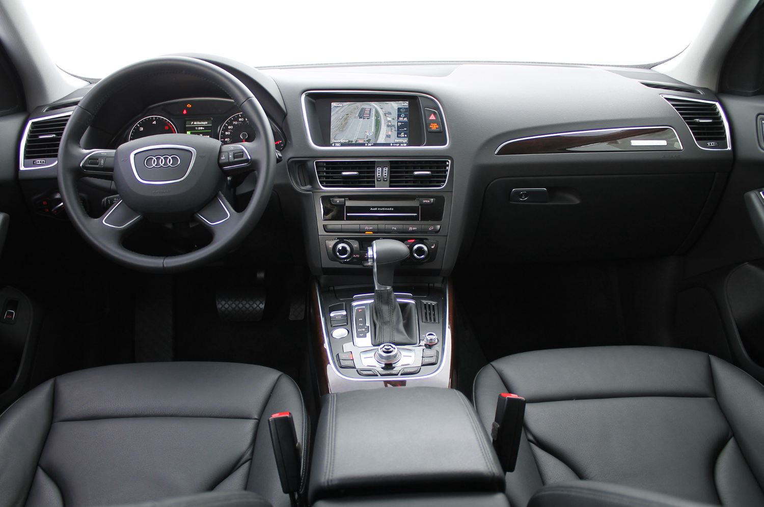 Comparison Audi Q5 Suv 2016 Vs Audi Q7 Suv 2015