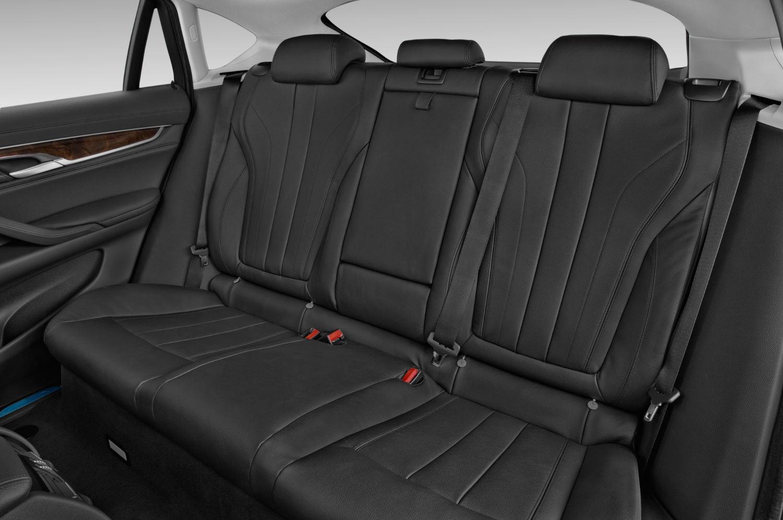 Comparison Bmw X6 Xdrive50i 2016 Vs Toyota Land