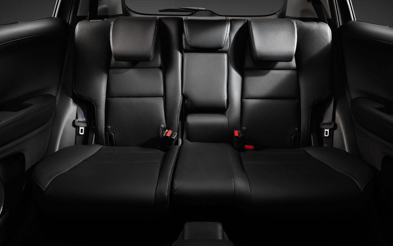 Toyota Suv Names >> Comparison - Honda HR-V LX 2018 - vs - Seat Arona FR 2018 | SUV Drive