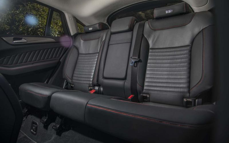 Comparison Bmw X6 Xdrive50i 2017 Vs Mercedes Benz Gle Class