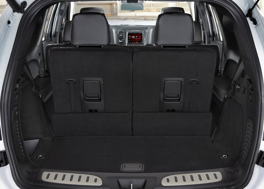 comparison lexus rx 350 2016 vs dodge durango 2016 suv drive. Black Bedroom Furniture Sets. Home Design Ideas