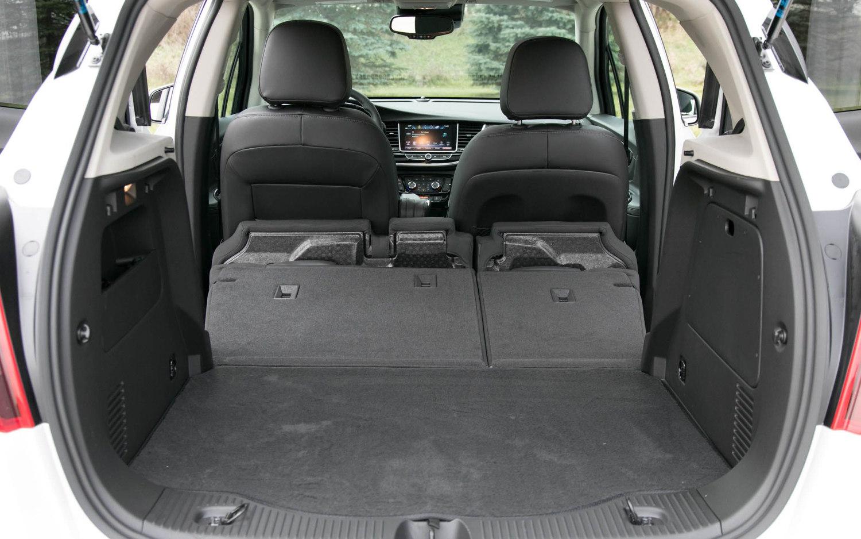 Comparison - Buick Encore Sport Touring 2018 - vs - Vauxhall Crossland X 2018   SUV Drive