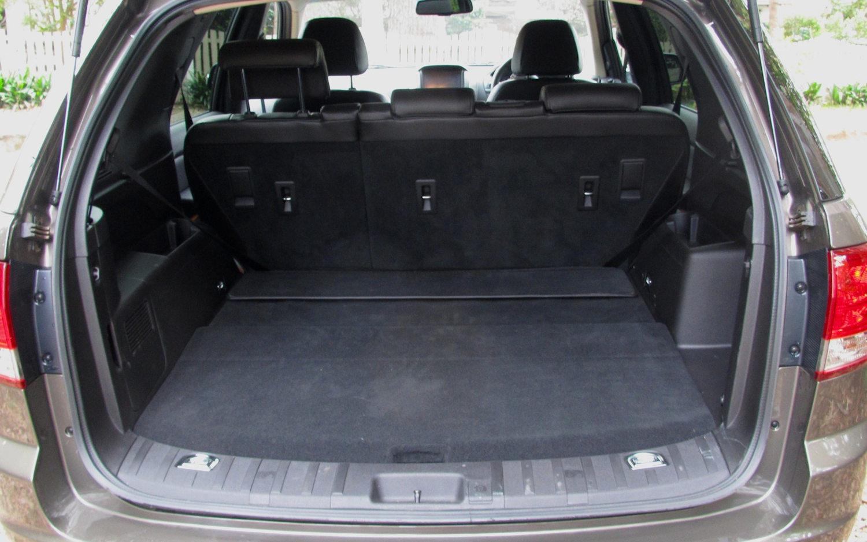 Comparison - Daihatsu Terios 7 seater 2015 - vs - Ford Territory Titanium 2017 | SUV Drive