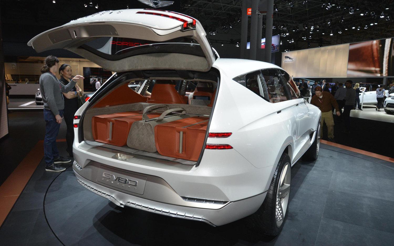 Comparison - Genesis GV80 2018 - vs - Alfa Romeo Stelvio Quadrifoglio 2018 | SUV Drive