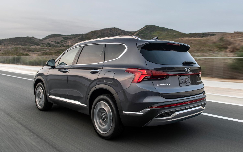 Comparison - Hyundai Santa Fe Hybrid 2021 - vs - Kia ...