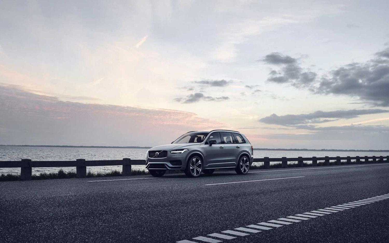 2020 Lincoln Nautilus Review Price Colors >> Comparison - Volvo XC90 T8 R-Design 2020 - vs - Lincoln