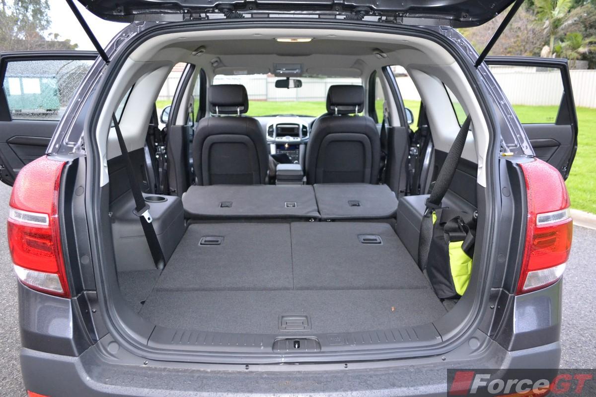 Comparison - Holden Trax LTZ 2015 - vs - Holden Captiva 7 ...