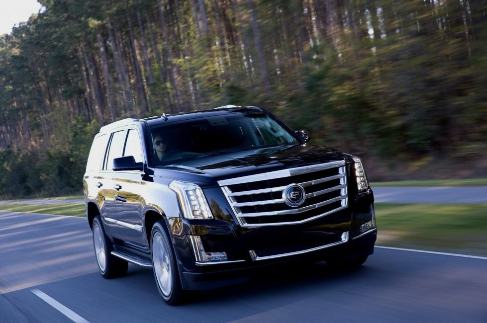 Comparison Cadillac Escalade Esv Luxury 2016 Vs