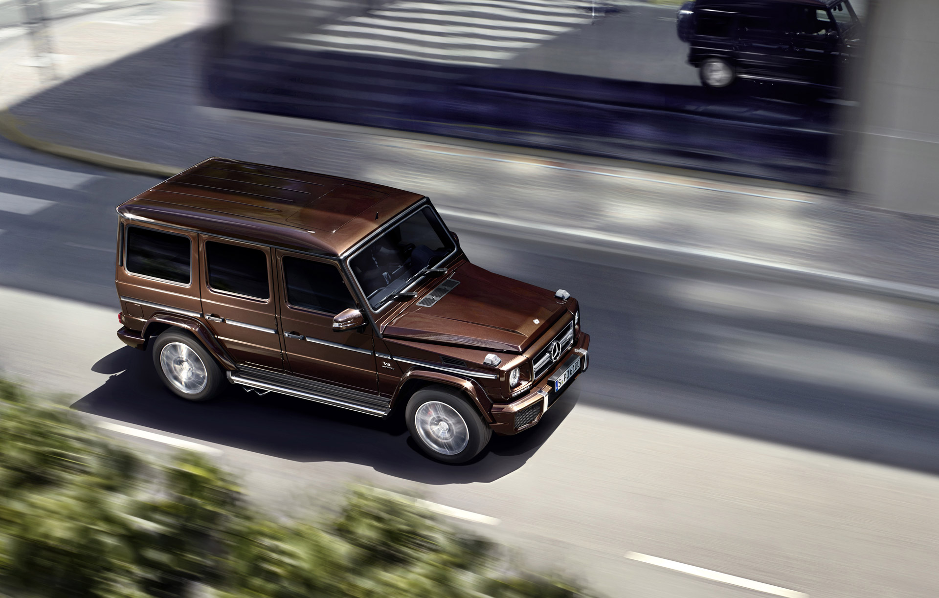 Comparison mercedes benz g class 2016 vs cadillac for Expensive mercedes benz suv